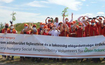A polgármester is részt vett az SK Battery Hungary első önkéntes napján Komáromban