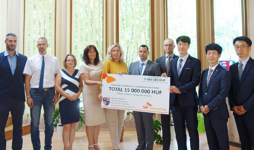 SK Innovation delivers donation through local public foundations to support Iváncsa city in Hungary